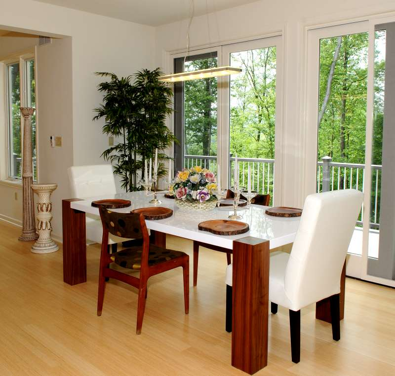 Casual Elegance At Lakeside Hideaway: Building A New Home In The Poconos